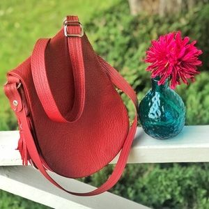 Groom Paris Expandable Red Leather Crossbody Purse
